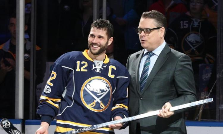 Sabres to grab important Hawk's piece to replace Murray?