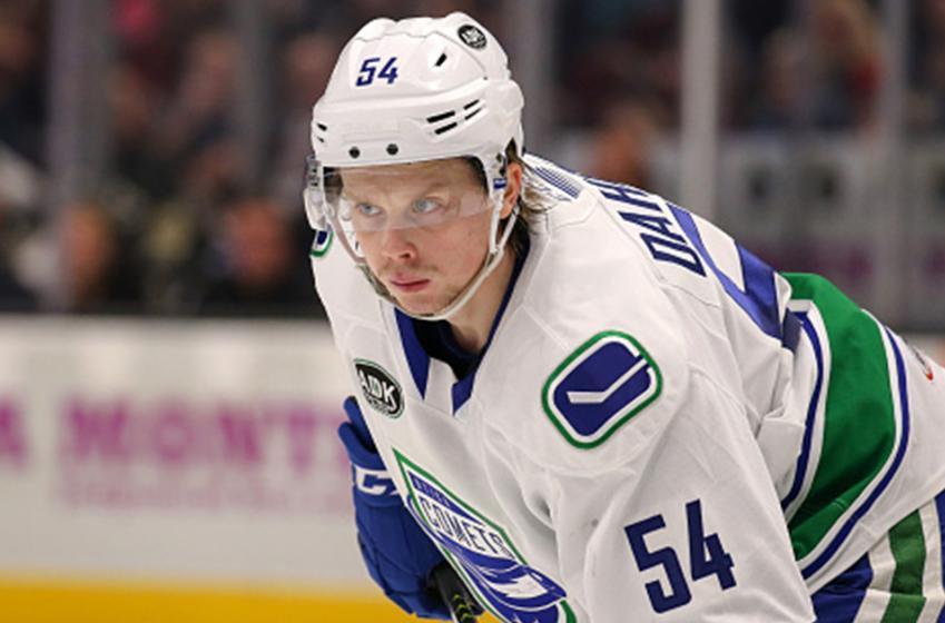 Report: Canucks top prospect demanded trade