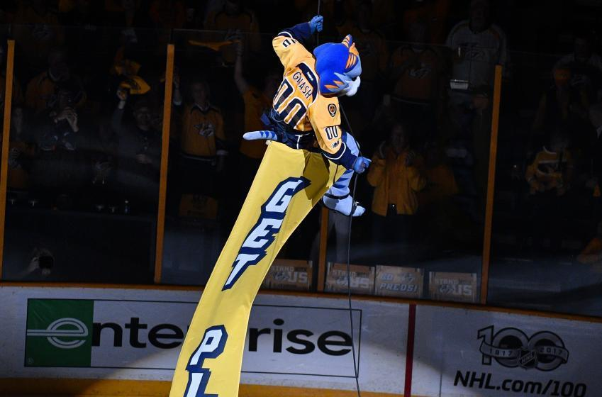 Must See: Predators mascot trolls Blackhawks with hilarious tweet