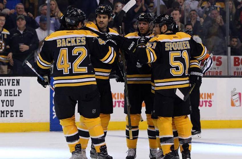 Report: Bruins cut veteran forward from team