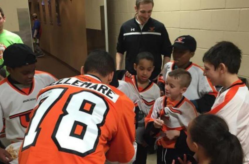 Pierre-Edouard Bellemare leaves heartfelt farewell message to Flyers fans.