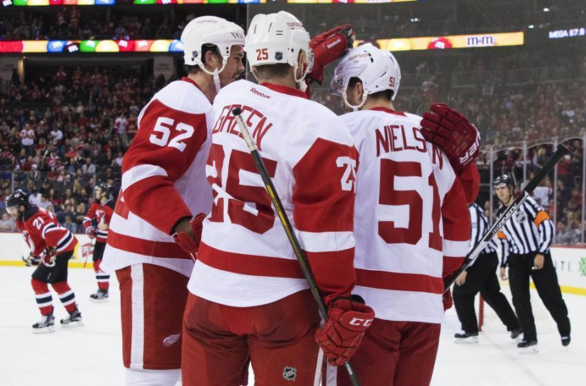 Trade rumors: NHL teams will line up for Wings defenseman