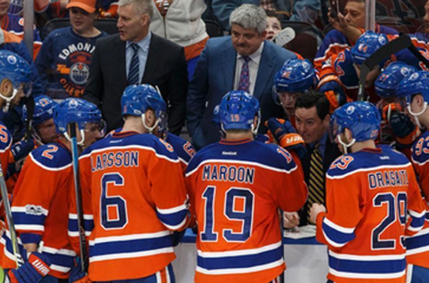 Breaking: Oilers place forward on waivers; veteran NHL'er joins him