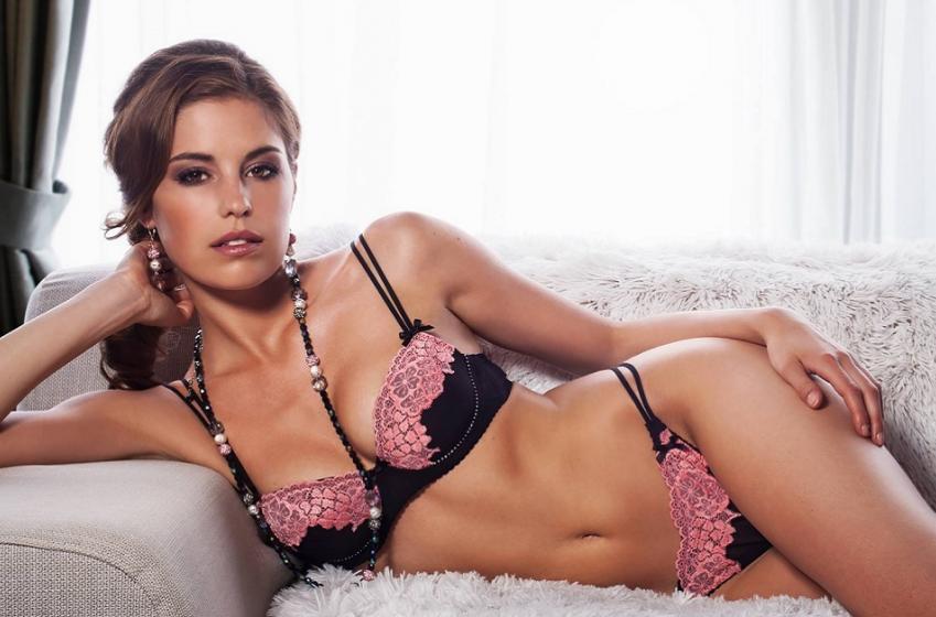 Mett NHLer Ondrej Pavelec's new beautiful girlfriend.