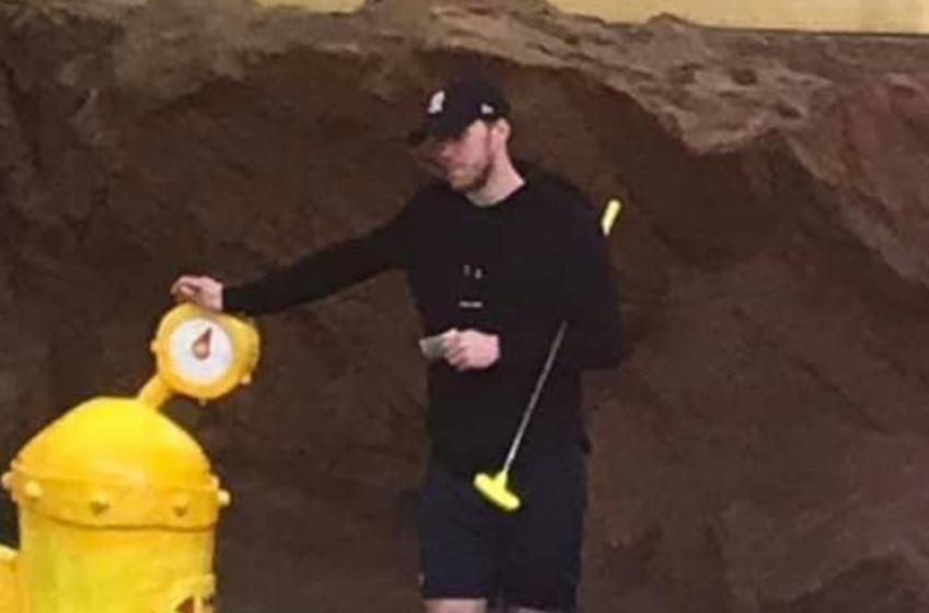 McDavid spotted wearing giant leg brace