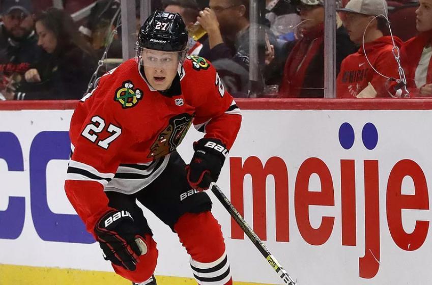 Blackhawks cut Boqvist and Saarela, assign them to AHL