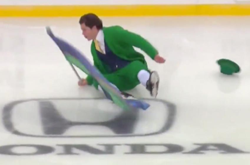 Notre Dame Leprechaun goes down HARD during Winter Classic pregame ceremony