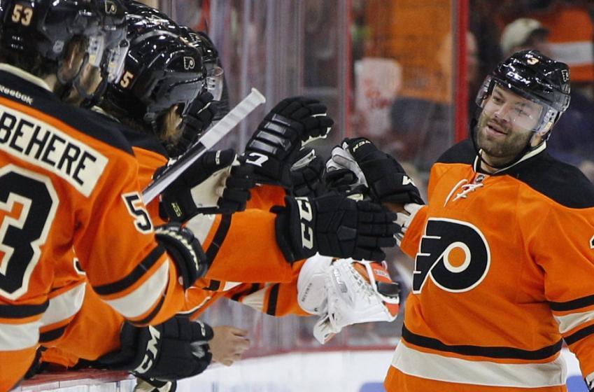 Report: Big update on injured Flyers big man Radko Gudas.