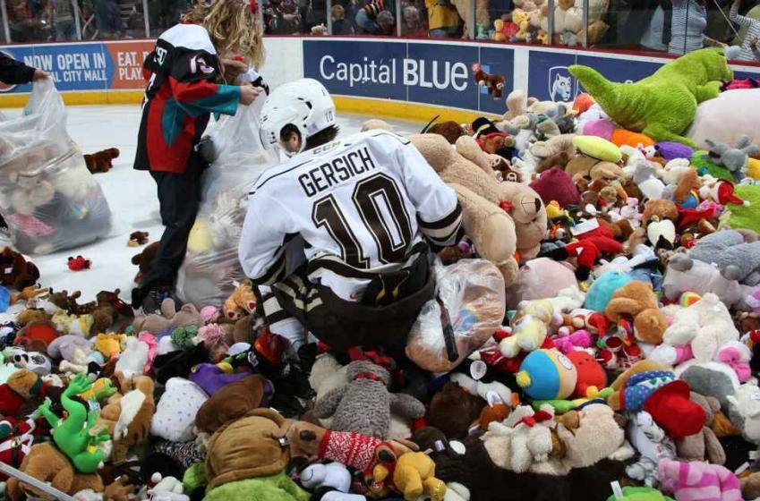 ICYMI: Hockey fans set a world record in epic Teddy Bear Toss.