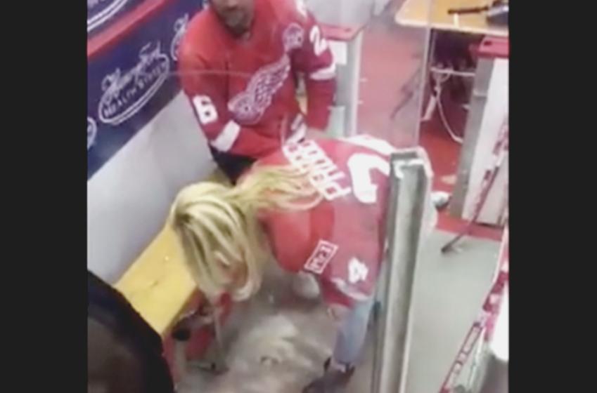 Watch Bob Probert's widow spreading his ashes in Joe Louis Arena penalty box.