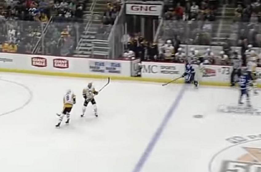 Potentially dangerous moment for Penguins star defenseman