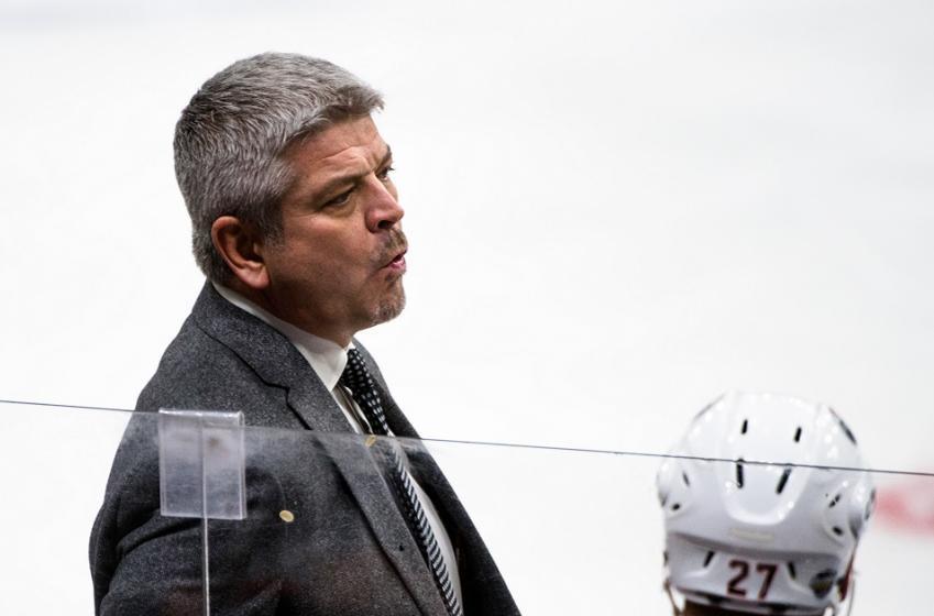 Rumor: NHL team reportedly targeting former Oilers coach Todd McLellan.