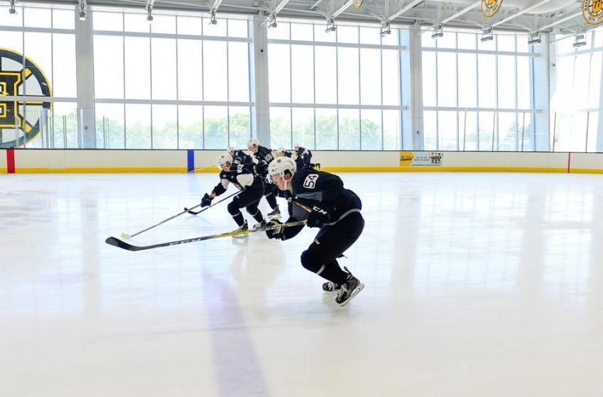 Top Bruins prospect eyeing NHL debut