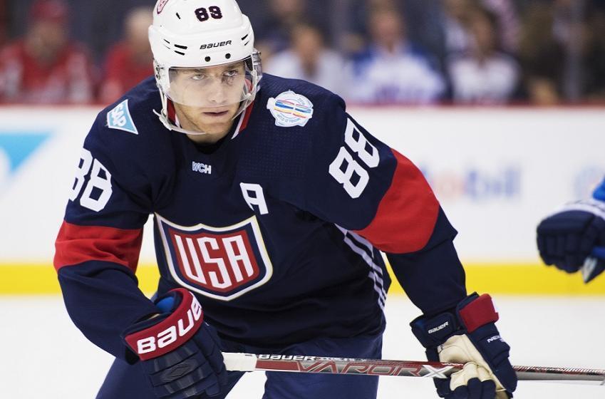 NHL superstar Patrick Kane comes to the defense of John Tortorella.