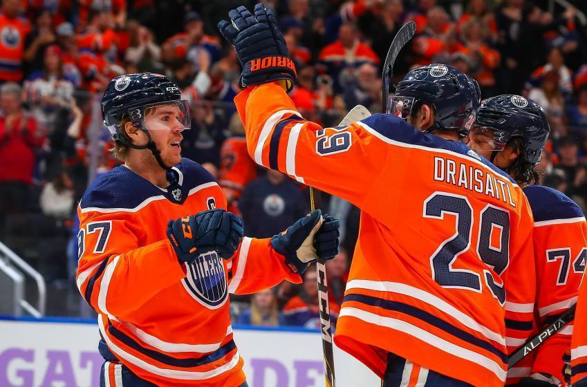 Two sets of linemates could make NHL history this season!