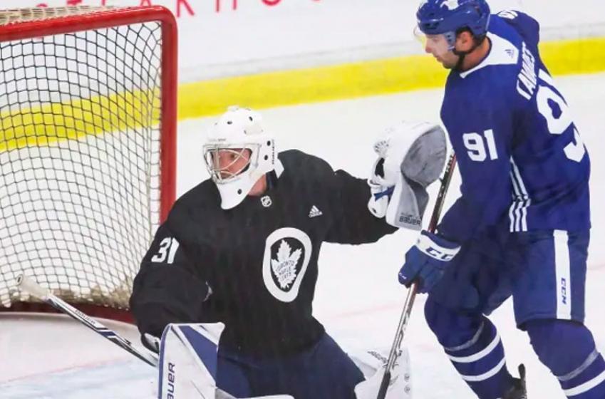 Three goalies take part in Leafs' practice in Edmonton