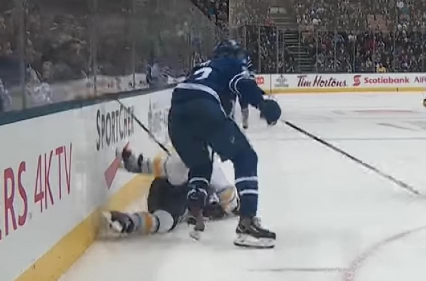 Video: Leafs' Kadri annihilates Sabres' Gionta with violent hit.
