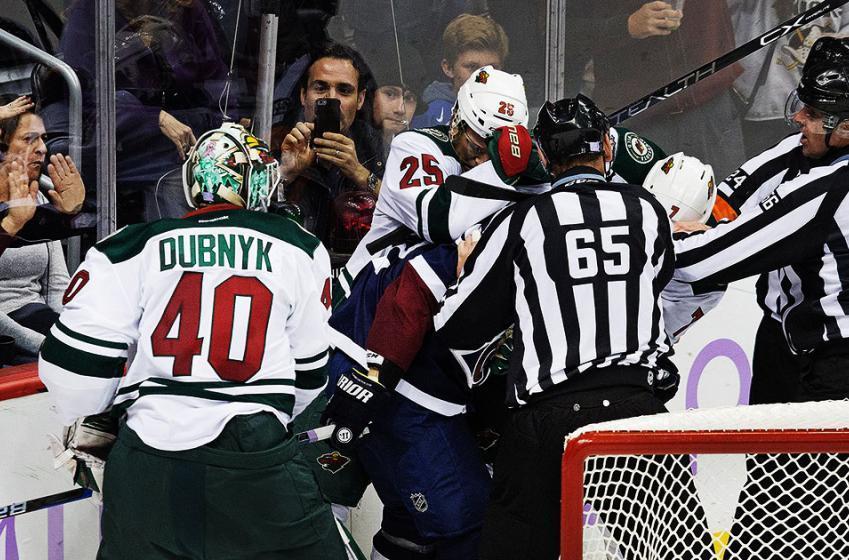 Devan Dubnyk goes Wild!