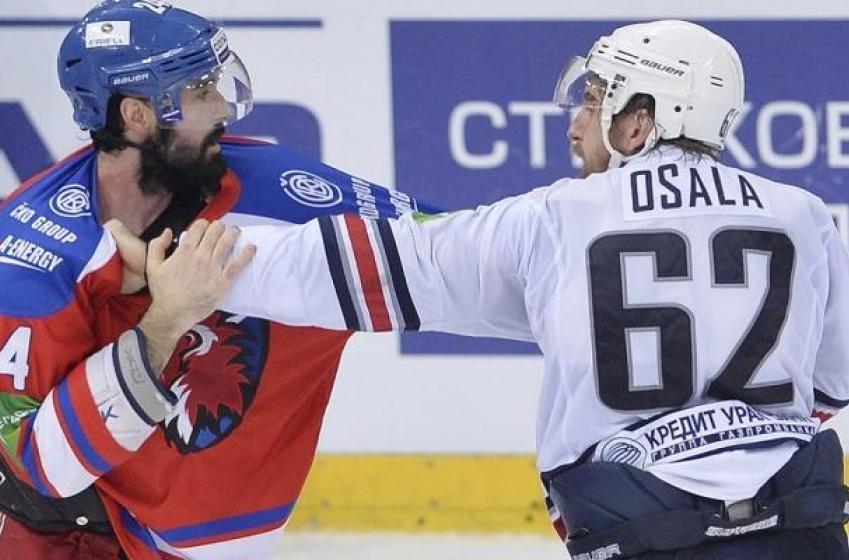 Former NHLer officially retires after final season in Sweden.