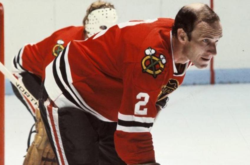 Breaking : Former Hawks, Team Canada star defenseman died.