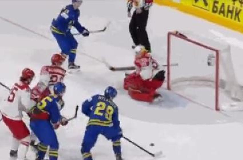 Nylander, Backstrom score AMAZING goal at World.