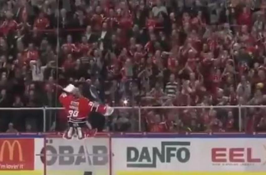 Goalie teaches HUGE lesson to Gary Bettman's NHL vision.