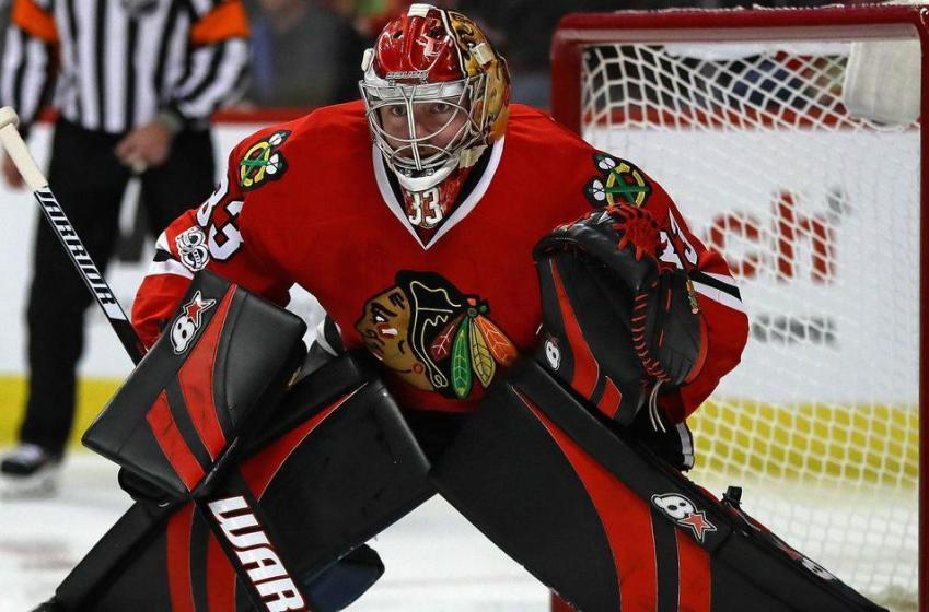 Hawks recall AHL goalie on an emergency basis.