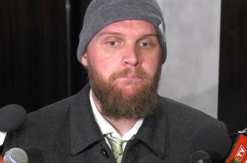 Lehner trolls Darren Dreger for reporting false Hawks trade