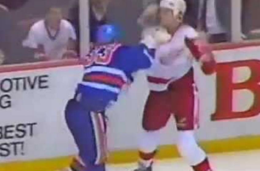 Throwback: Bob Probert takes on Marty McSorley.