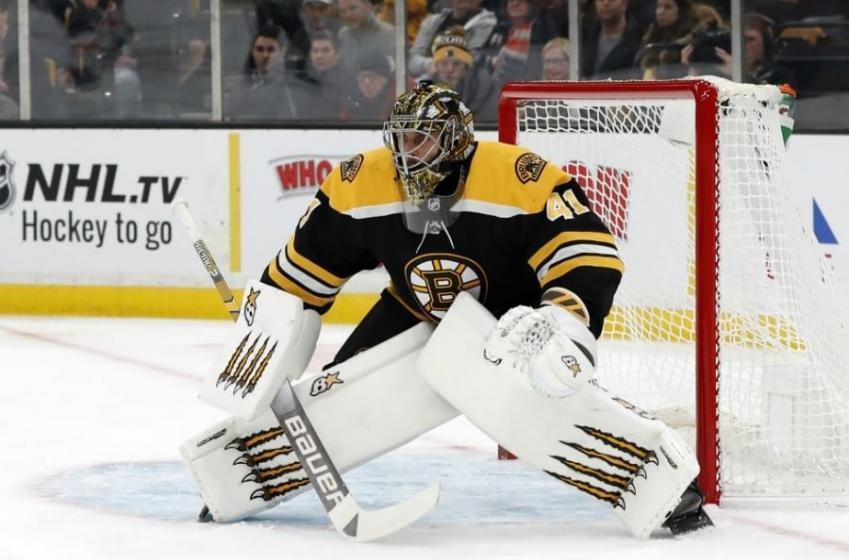 Bruins offer extension to goalie Jaroslav Halak!