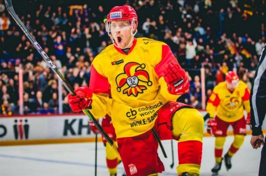 Leafs signing Lehtonen named KHL's top defenseman