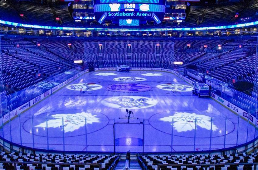 "Toronto reportedly chosen as NHL's second ""hub city"""