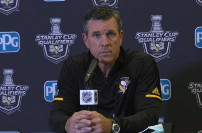 Coach Sullivan chooses his goaltender for Game 4