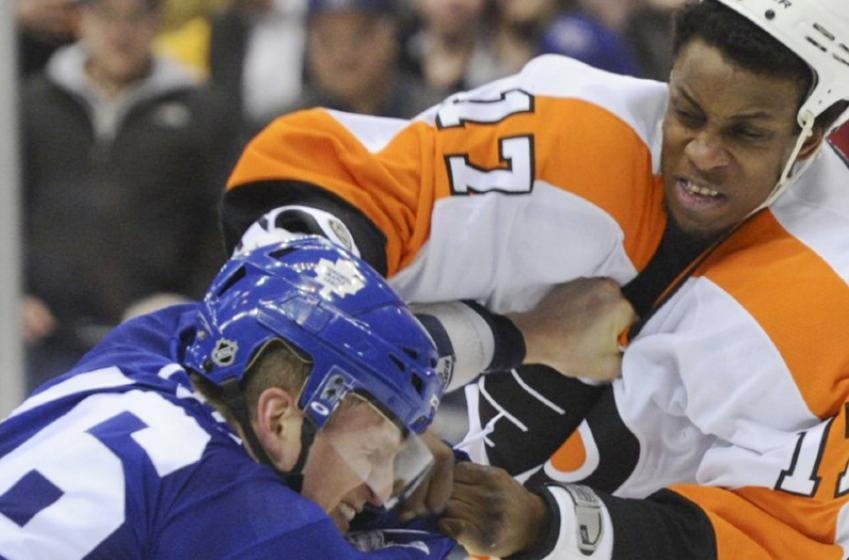 Leafs pursuing free agent Wayne Simmonds, per Pierre LeBrun report