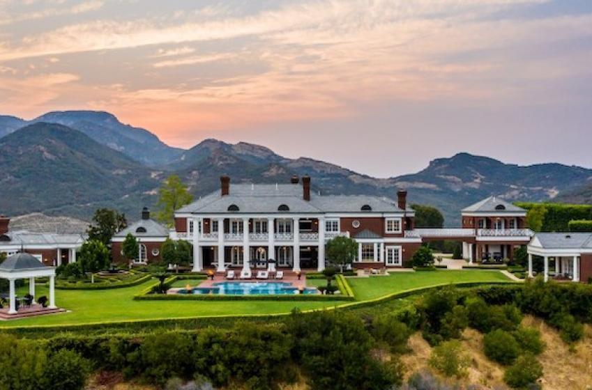 Wayne Gretzky wants no less than $22.9 Million for California estate!